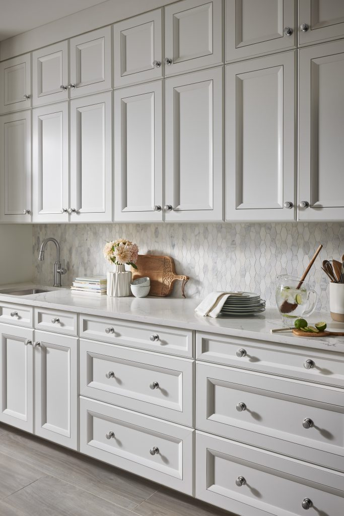 The Top Knobs Guide To Decorative Hardware Placement